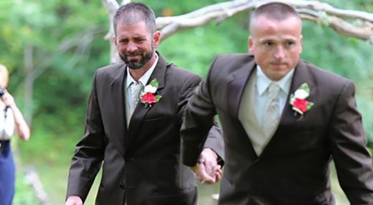 Während er die Frau zum Altar führt, hält der Vater an und nimmt einen Mann an der Hand: Der Grund ist sehr berührend