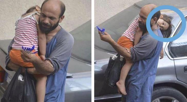 Ein Passant fotografiert einen Stifte-Verkäufer: Kurz nach diesem Foto ändert sich sein Leben